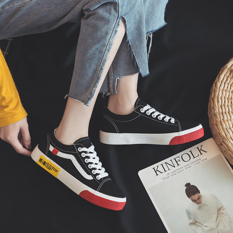 Stripe Black Red White Sneakers Women Shoes 2018 Autumn Lace up Canvas Shoes Woman Casual Shoes Breathable Trainers Ladies red lace up design stripe drawstring waist ruffle hem mini skirts
