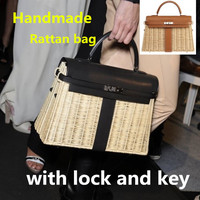 2019 new rattan bag Handmade woven handbags Large capacity fashion bag Straw bag Summer shopping woman's bag with lock and key
