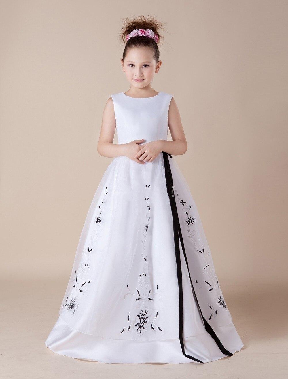 Bordado Negro Y Blanco Comunión Vestido Largo Vestido Simple vestido de Bola Vestidos de Niña 2015