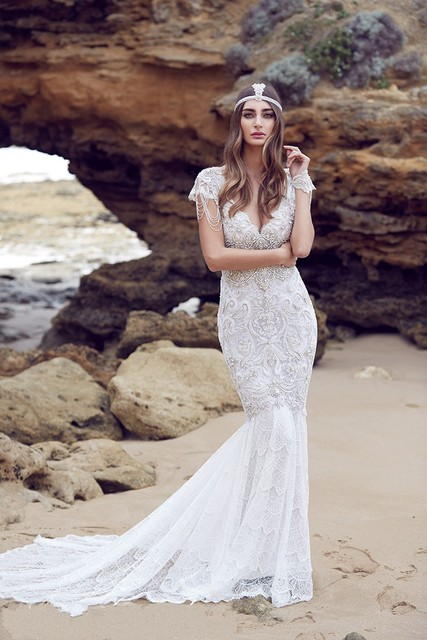 2016 New Style Stunning Full Beading Crystal V Neck Mermaid Sexy Wedding Dresses Lace Beach