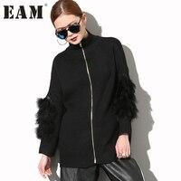 EAM 2018 Hot New Spring Stitching White Black Fur Long Sleeve High Neck Loose Zipper