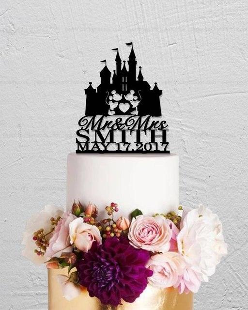 Mouce-garniture de gâteau château | Garniture de gâteau avec nom de famille, garniture de gâteau de mariage, garniture de gâteau personnalisée avec Mr et Mrs