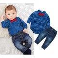 Venda quente! crianças conjuntos de roupas de Bebê meninos xadrez macacão Cavalheiros camisas + calças de brim terno Crianças roupa Da Criança DK006