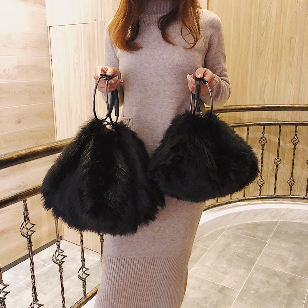 Sweet Girls Soft Black White Handbags Faux Fur Women Tote Bags Large Capacity Evening Party Clutch Bag Travel Shoulder Handbag