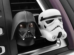 Car-Air-Freshener-Cute-Vent-Perfume-Clip-For-Star-Wars-Automobile-Interior-Baymax-Doll-Fragrance-Smell (1)
