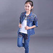 купить 2018 new fashion baby girl jeans clothing sets spring and autumn baby girl clothes denim coat + jeans trousers body suit по цене 1578.63 рублей