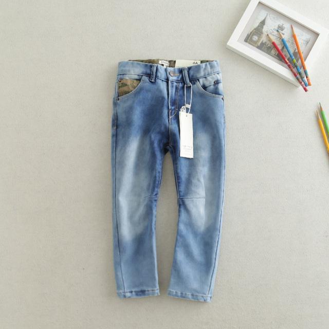 As novas calças de brim as crianças usam calças brancas de lavagem de todos os coincidir com estilo de moda oferta especial frete grátis