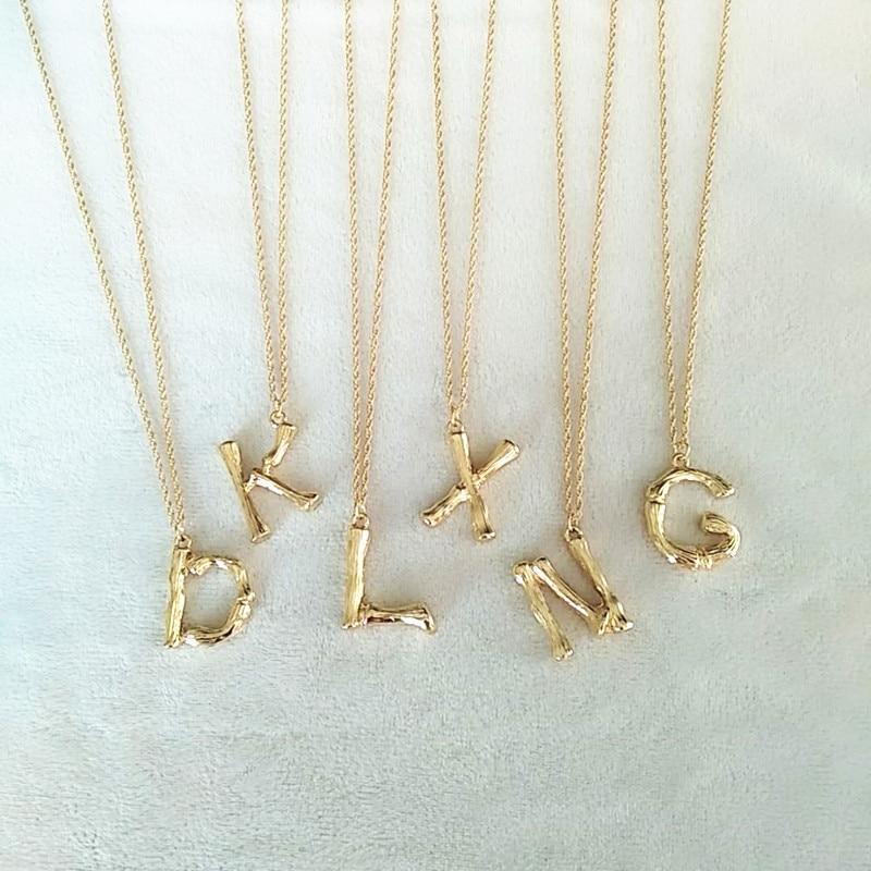 קטן זהב מרוקע מתכת במבוק 26 אותיות האלפבית A-Z מינימליסטי ראשוני תליון שרשרת אופנה שרשרת טוויסט צוואר תכשיטים