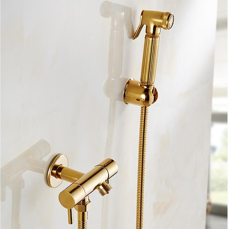 Toilet bidet sprayer set Kit brass wall mounted Gold bathroom bidet faucet set with 1.5M plumbing hose and ABS holder цены онлайн