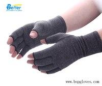Compression Arthritis Gloves Original With Arthritis Foundation Ease Of Use Seal Small Medium