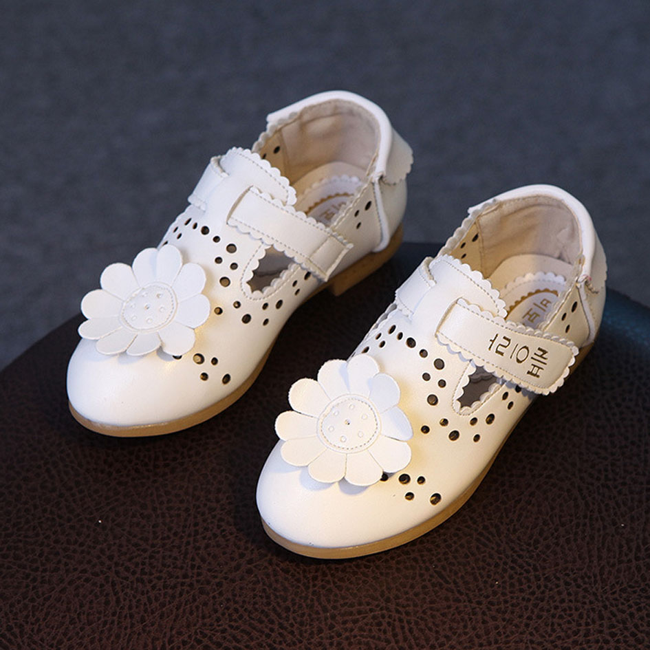 Korea Flower Baby Girl Summer Shoes 2017 Spring Breathable Infant Ballerinas  Cut outs Toddlers Ballet Shoes Children s Flats-in Leather Shoes from Mother    ... 84a4e59b4ebf