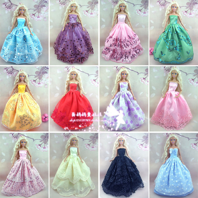 30 items \u003d 10 ドレス + 10靴+ 10 ハンガー パーティー ウェディング ドレス ウェディングパーティードレス服ドレス用 バービー人形送料無料