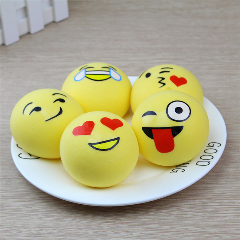 1pcCute Mochi Squishy New 4cm Cute Cake Cream Scented Squishy Toy Slow Rising Squeeze Strap Squeeze Toy For Children For Kid A1