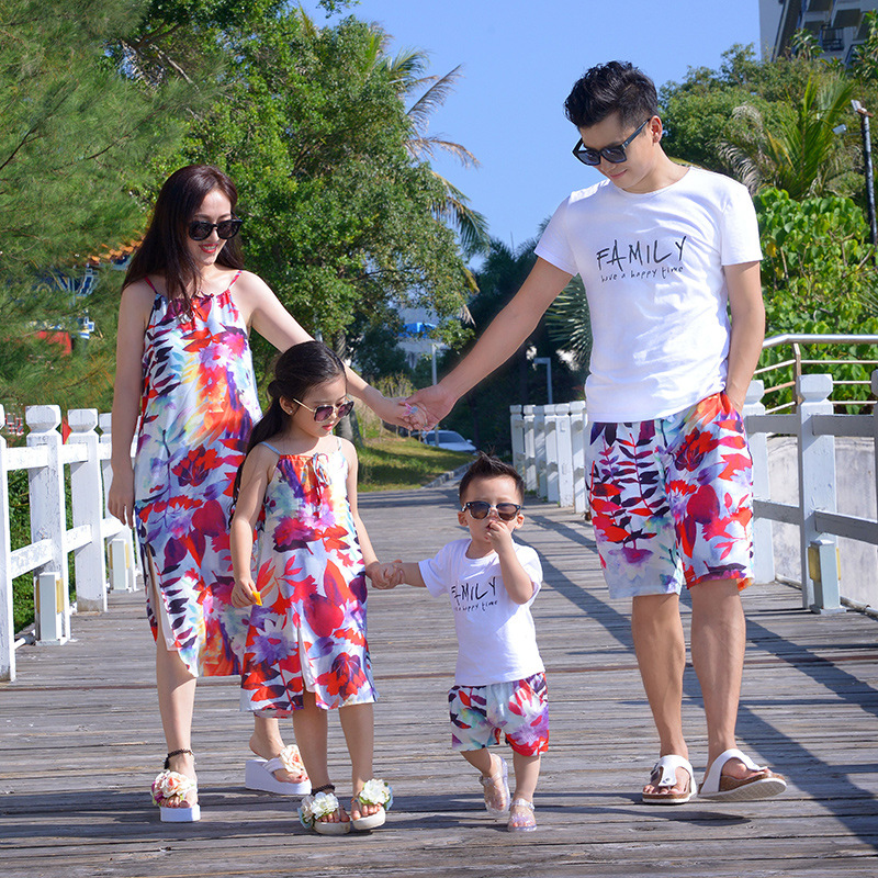 2018 Summer Matching Clothes Dad Son T Shirt+Pants Mom Girls Print Sleeveless Cotton Dress Family Matching Outfits Beach Clothes 3pcs set sister match clothes sleeveless flower heart vest tops shorts overall dress headband summer family matching clothes