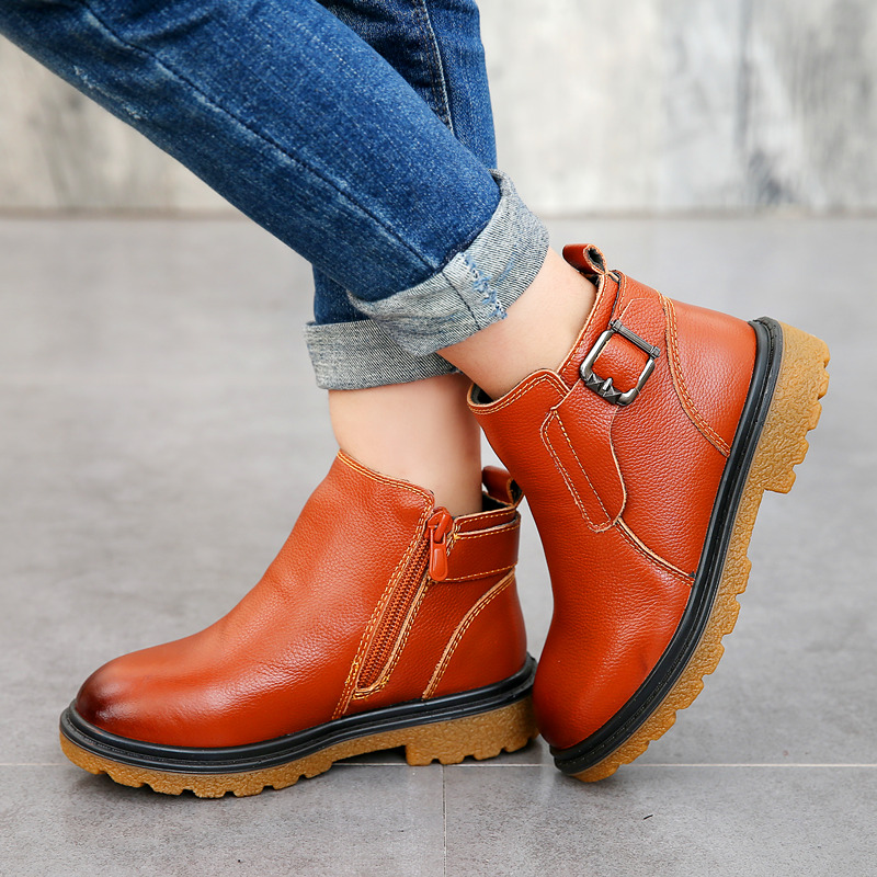 71d9592a8128 A520 Warm Thick Cotton Winter Boots Girls 2018 Fashion New Casual Female  Genuine Leather Flat Snow ...