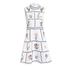 цена на 2019 Women's Dress New Lady Temperament Flower Embroidery Round Neck High Waist Large Swing Jacquard Ladies Dress Spring Summer