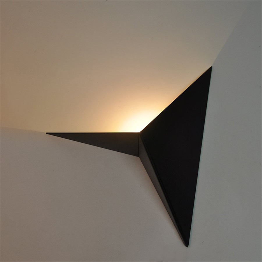 SXZM 3W Triangle led wall lamp AC85 265V modern Simple Indoor Creative Aluminium Surface Mounted Foyer Hotel Home Stair Bedside