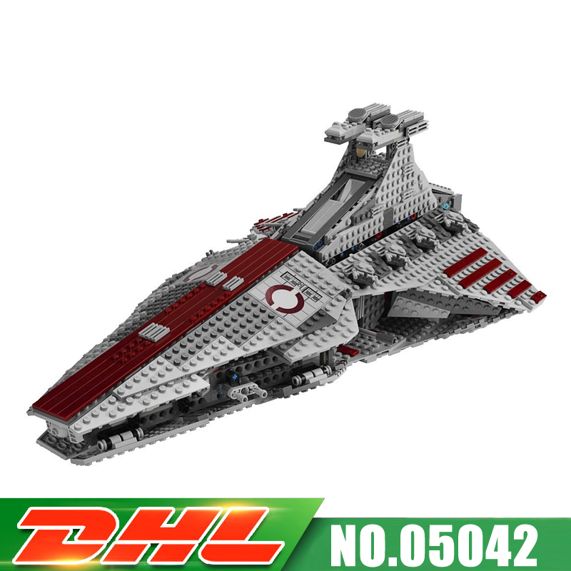 ACTUALS DHL Lepin 05042 1218pcs UCS Series The Republic Fighting Cruiser Set Building Blocks Bricks Educational Toys 8039 lepin 6125 stucke star classic modell wars die ucs st04 republic cruiser educational building blocks bricks spielzeug mode