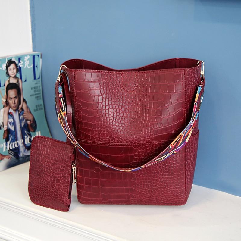 0715a8a3a5ab6 MIWIND Luxus Handtasche Frauen tasche Breit Farbe Gurt umhängetasche Mit Großer  Kapazität weiblichen Krokoprägung Leder Eimer tasche T1136 in MIWIND Luxus  ...