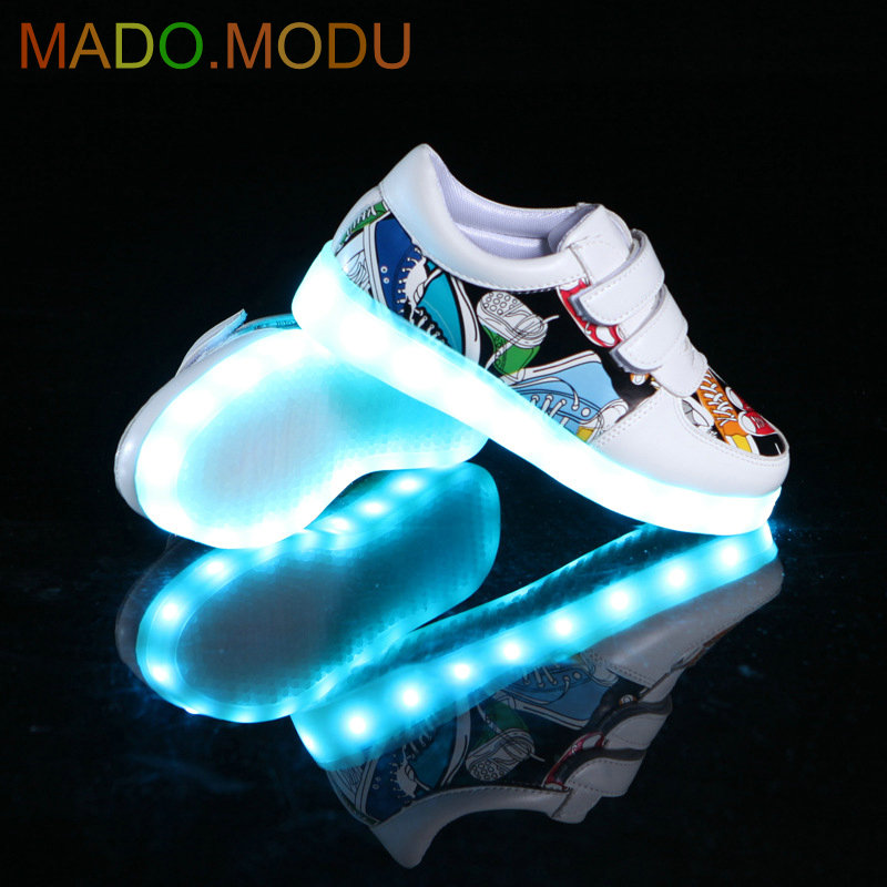 Children Shoes With Light Up 2018 New USB Charging Basket Led Kids Casual Boys&Girls Luminous Sneakers Glowing Shoes enfant