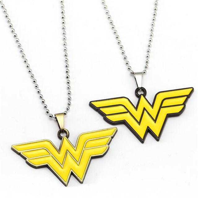 HSIC 10pcs/lot Wholesale Fashion Jewelry Wonder Woman Logo Charm Necklaces Pendant for Fans Friendship Accessories