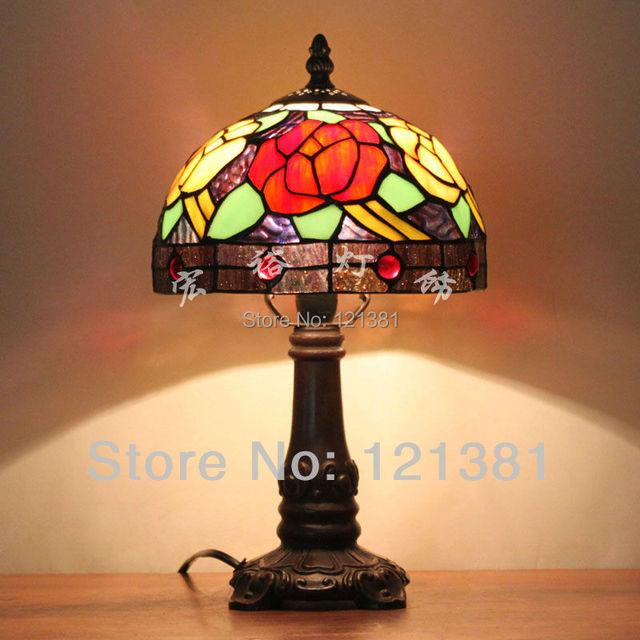 fleur rose style tiffany lampe de chevet lampes vitraux abat jour