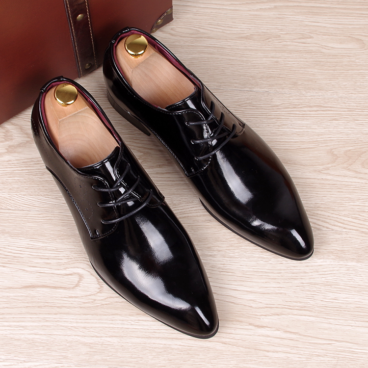Spring Autumn Men Oxfords Shoes Pointed Toe Fashion Business Red Bottom Casual Shoes Smooth Leather Brogue Shoes Male Flats in Men 39 s Casual Shoes from Shoes