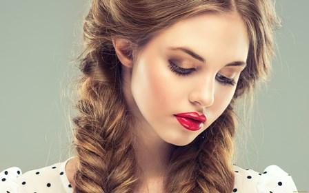 Sexy auburn hair