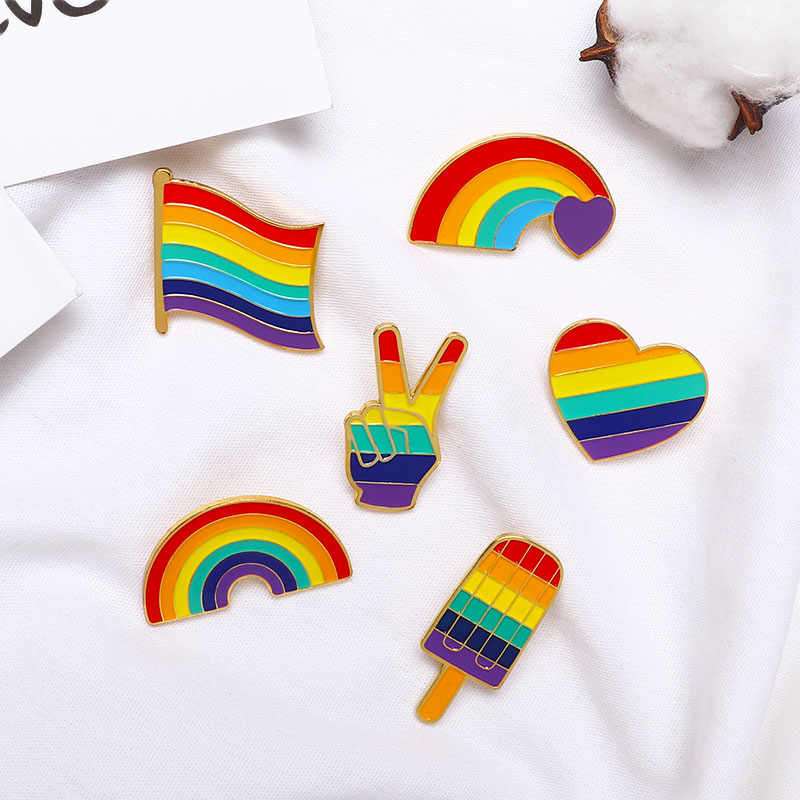 LGBT Desain Pelangi Pin Bros Kreatif Jantung Jari Bendera Pelangi Logam Gay Lesbian Kebanggaan Lencana Kerah Pin Perhiasan Hadiah