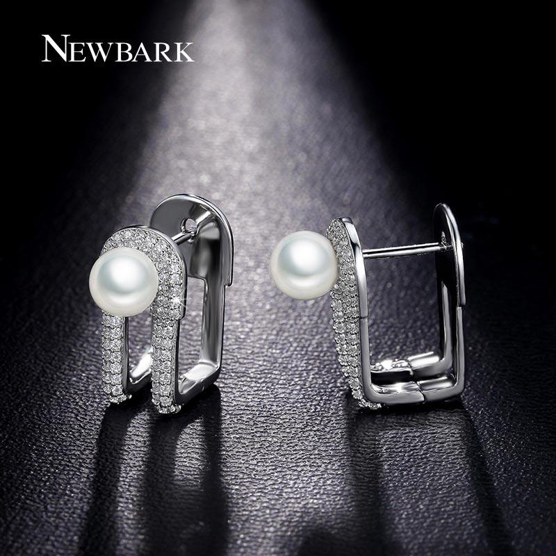 Newbark nuevo clip diseño imitación de la perla stud pendientes de calidad super