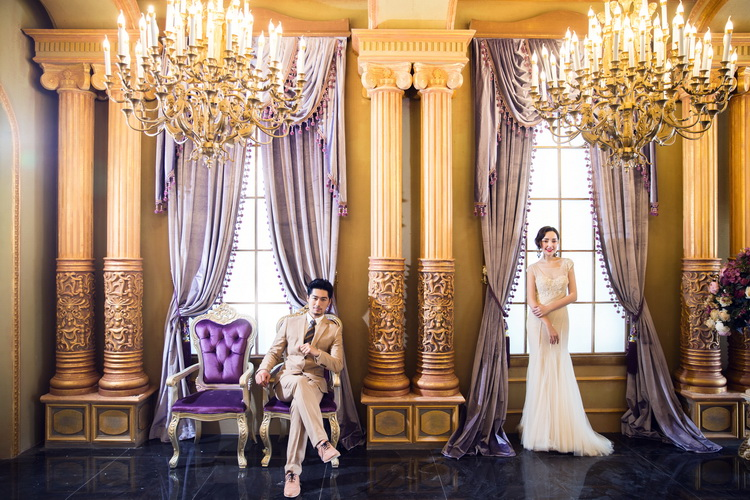 Luxury Wedding Indoor: Cylinder Windows Luxury Photography Backdrops Curtain