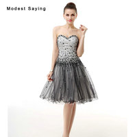 New Modern Sexy White And Black Short Cocktail Dresses 2017 With Rhinestone Girls Mini Homecoming Prom