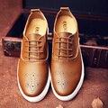 Натуральная Кожа Мужчины Повседневная Обувь на Шнуровке Удобная Англия Стиль Мужчины Акцентом Обувь Люксовый Бренд Zapatillas Свадьбу Квартиры