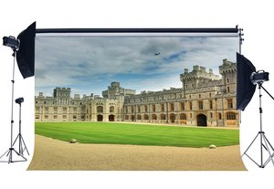 Image 1 - مارثا قلعة خلفية الأوروبية Archiculture قصر الخلفيات الملكي Countyard الأخضر العشب خلفية