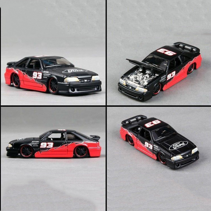 Diecast Car 1:64 Scale 1/64 Alloy Diecast Car Model 1993 SVT Cobra Vehicles Toys Gift Kids Toys Collection Gift