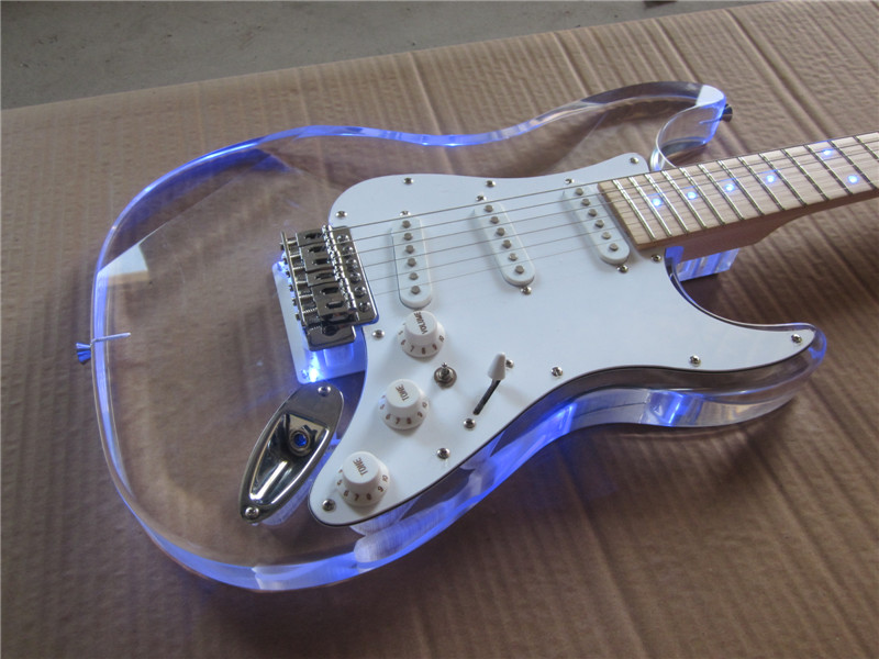Chitarra elettrica NUOVO st guitarra/maple neck oem Acrilici del corpo chitarra elettrica/con LED/chitarra in cina