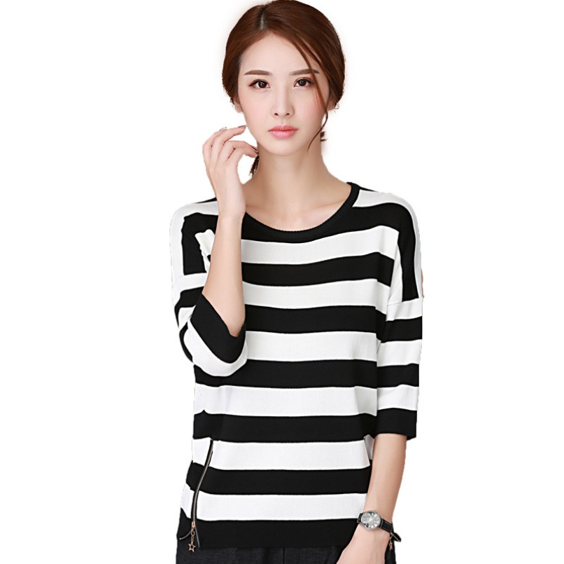 2017 spring summer O-neck Pullovers black white striped seven long sleeve loose sweater with side zipper women Jumpers sweater