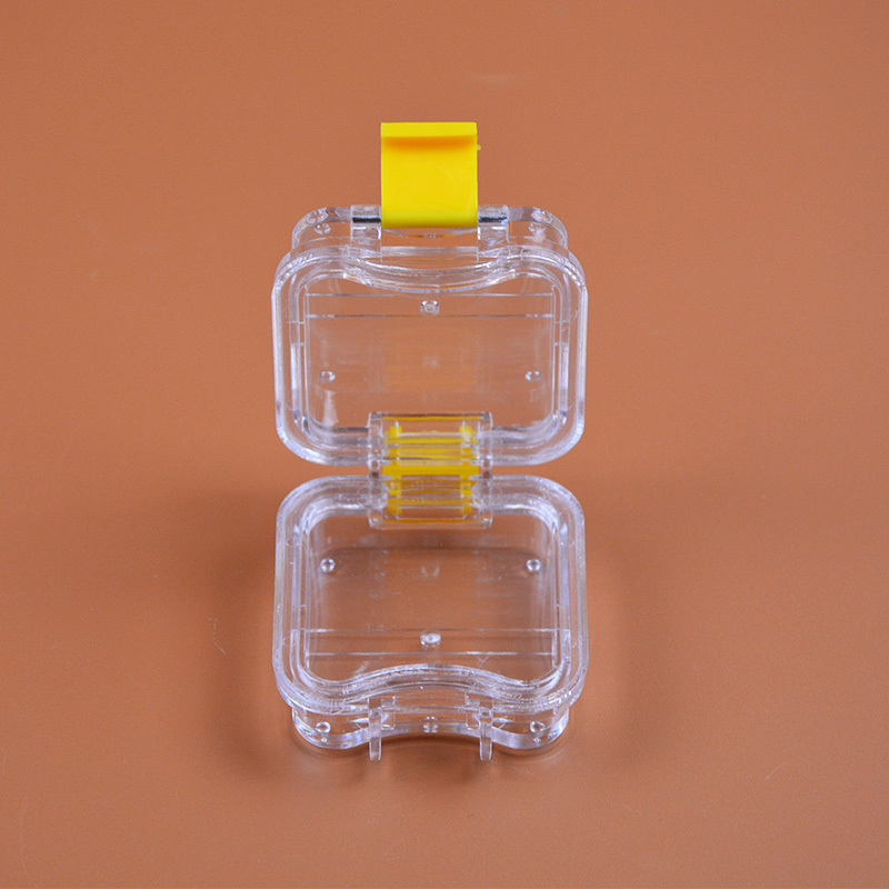 200 Pieces Packed Membrane Tooth Box Dental Storage Box Dental Teeth Box with Translucent Film 3