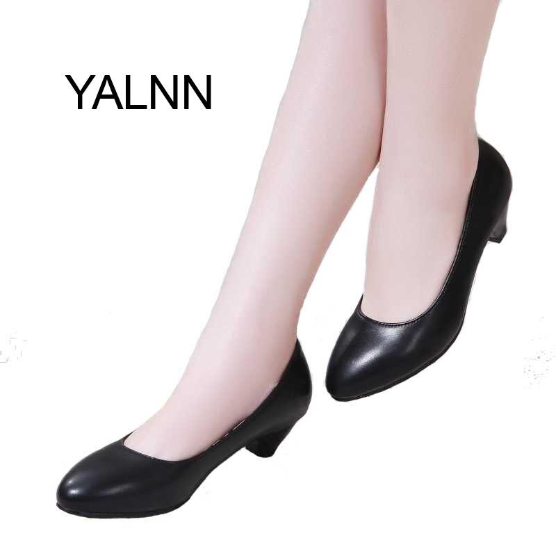 YALNN Femmes Chaussures 3 cm Noir Haute Talons Zapatos Mujer Pompe pour Femmes D'âge Mûr Nouvelle Mode Chaussures Office Lady Robe