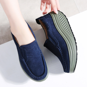 Image 5 - حذاء نسائي مسطح للخريف 2020 من STQ حذاء رياضي نسائي ذو نعل سميك حذاء غير رسمي من الجلد السويدي حذاء رياضي مسطح سهل الارتداء 2122