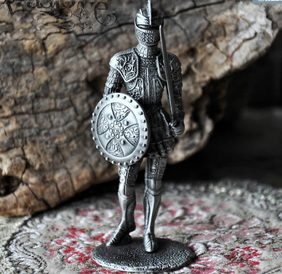Brave soldier decoration Mighty armor soldiers Metal classic European style Creative office Bar decoration