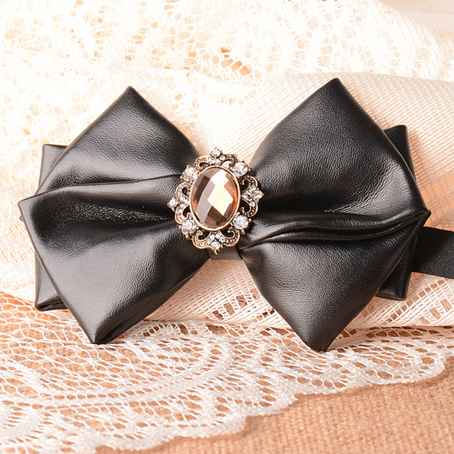 b3786dc30bac Luxury Bowties for Banquet Wedding Leather with Diamond Jewel Black Bow Tie  for Men 2016 Fashion Designer Butterfly Suit Necktie