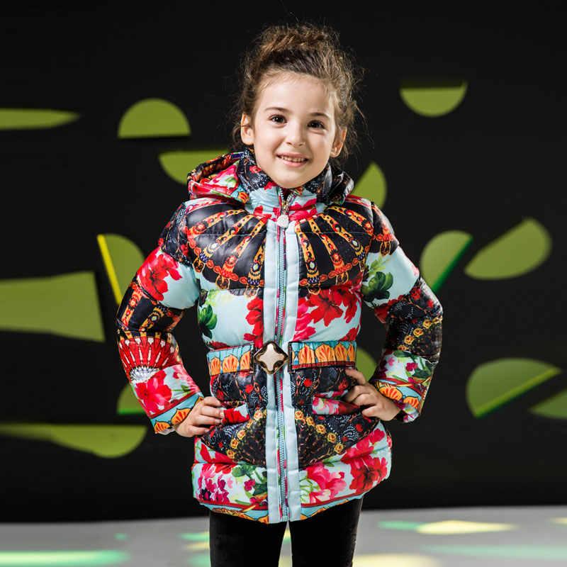 Детские зимние теплые куртки для девочек 2018 г., пальто с хлопковой подкладкой для маленьких девочек модная одежда с цветочным принтом Детские плотные парки для девочек