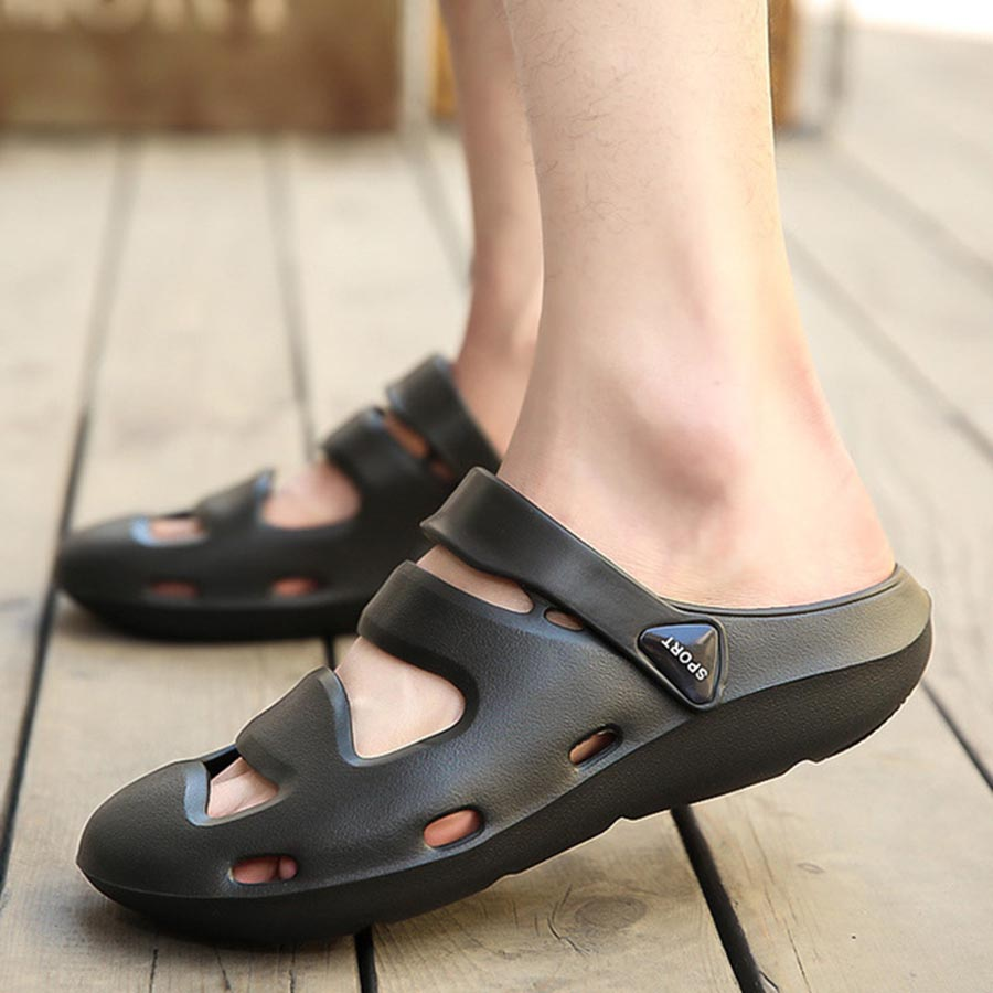 New Summer Thick Bottom Beach Hole Shoes Men'S Sandals Large Size Comfortable And Breathable Light Shoes Convenient Male