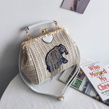 купить Female Straw Beach Bag Crossbody Tote Bag Women 2019 Summer Wicker Designer Handbags Elephant Tassel Shoulder Messenger Bag Sac онлайн