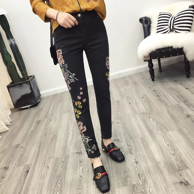 2017 Vintage Colorful Elastic Floral Chinese Dragon Embroidery Washed Denim Jeans Pockets Pants Casual Women Black Trousers 2017 spring new women sweet floral embroidery pastoralism denim jeans pockets ankle length pants ladies casual trouse top118