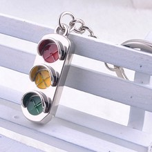 3D Keyfob Keychain red and green lights keychain car key chain traffic signal lamp Classic Key rings