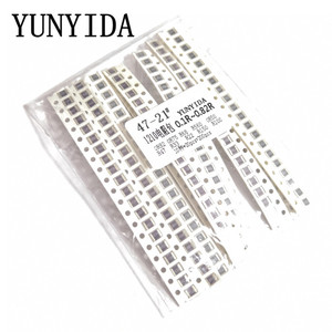 200PCS 5% 1210 SMD resistors assorted kit set ,10 valueX20pcs=200pcs 0R82 0R75 R68 R560 0R50 R47 R33 R22 R150 R100(China)