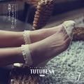 Ladies small fragrant wind crystal silk socks Female lace stitching love socks