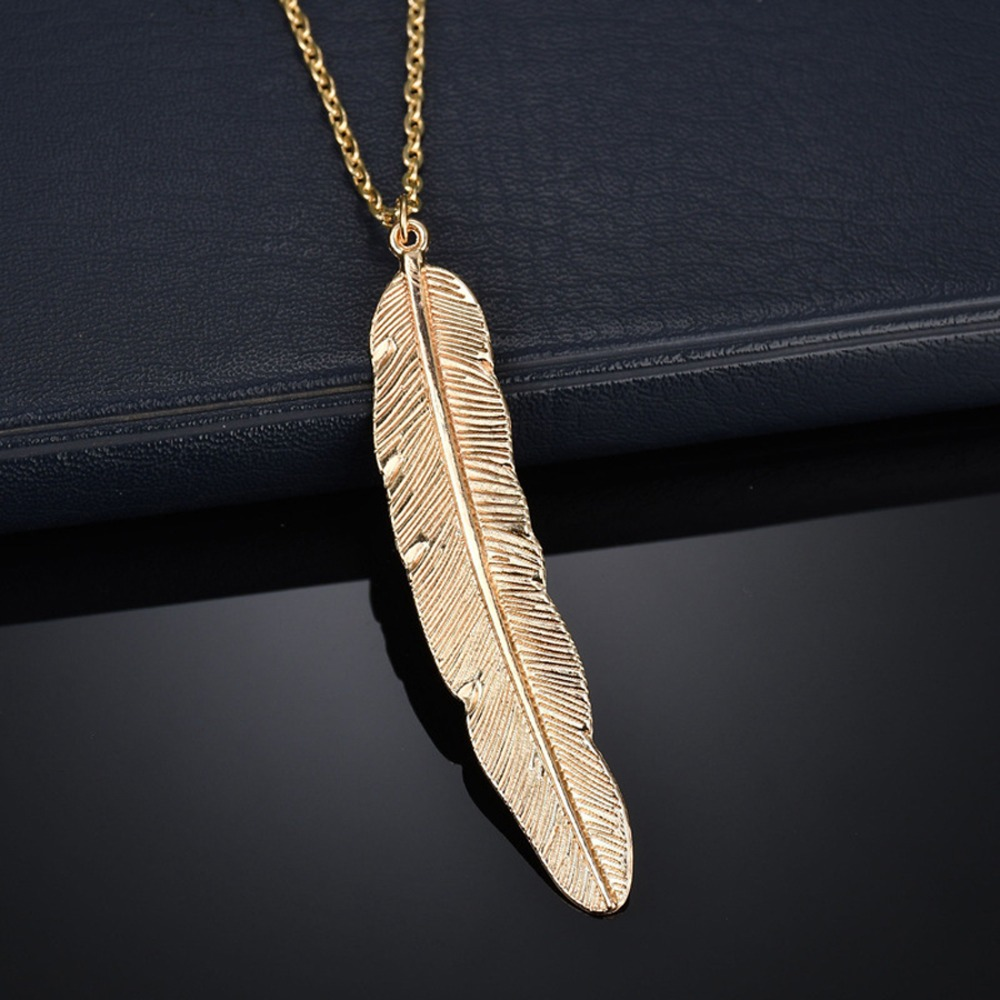 Classic Feather Leaf Fashion Wedding Jewelry Silver 925 Pendant Necklace Popular Gold Jewelry Luxury Elegant Engagement Party in Pendants from Jewelry Accessories